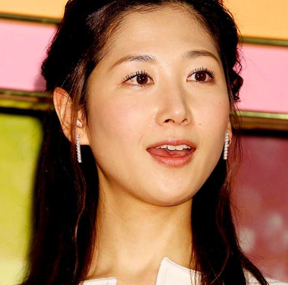 NHKのかわいい女子アナ・桑子真帆