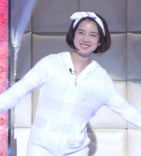 弘中綾香・私服