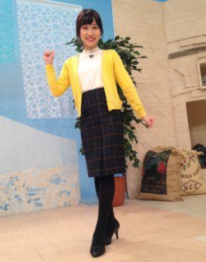 粟島佳奈子・タイトスカート・かわいい